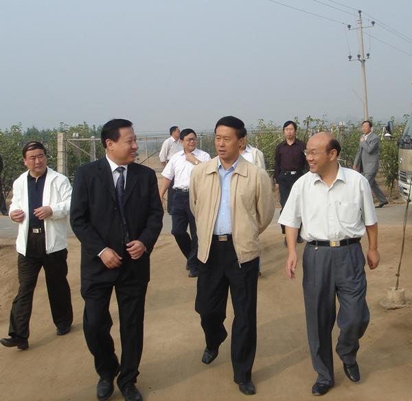 2006年副省长宋恩华同志来我公司